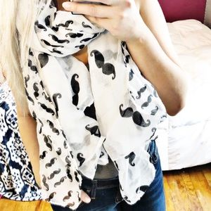 Accessories - Black and white Mustache scarf